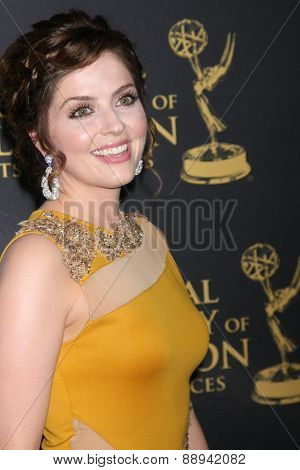 LOS ANGELES - FEB 24:  Jen Lilley at the Daytime Emmy Creative Arts Awards 2015 at the Universal Hilton Hotel on April 24, 2015 in Los Angeles, CA