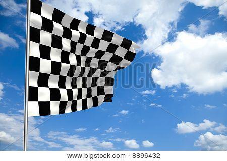 Ondeando la bandera a cuadros frente a un cielo nublado