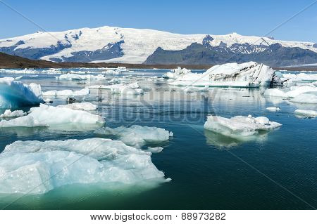 Beautiful photo of Jokulsarlon Glacial lake full of floating icebergs