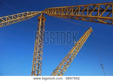 Jib of yellow crane