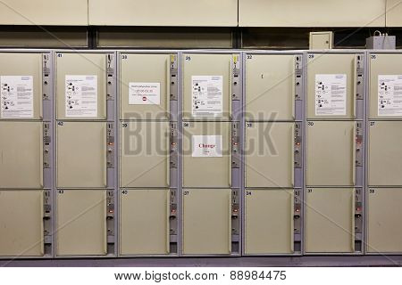Array of safety lockers for luggage