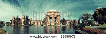 Palace of Fine Arts in San Francisco panorama