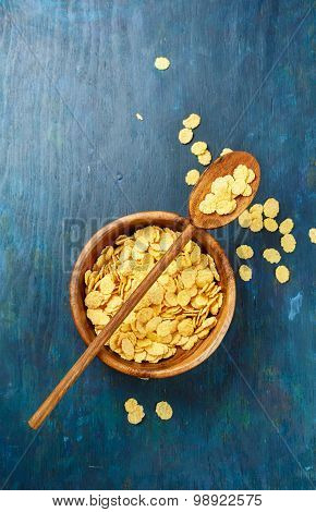 Golden corn flakes