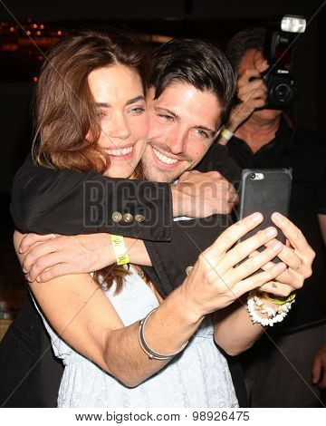 LOS ANGELES - AUG 15:  Amelia Heinle, Robert Adamson at the