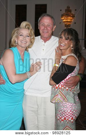 LOS ANGELES - AUG 15:  Melody Thomas Scott, Tristan Rogers, Jess Walton at the