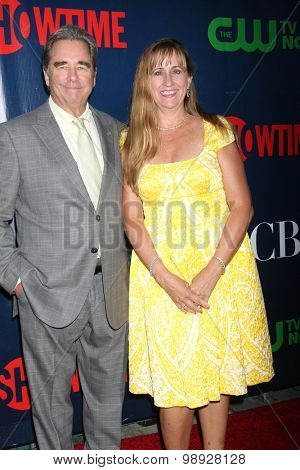LOS ANGELES - AUG 10:  Beau Bridges, Wendy Bridges at the CBS TCA Summer 2015 Party at the Pacific Design Center on August 10, 2015 in West Hollywood, CA