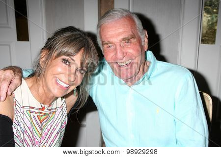 LOS ANGELES - AUG 15:  Jess Walton, Jerry Douglas at the