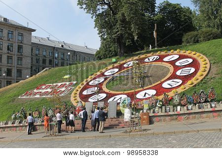 Flower clocks