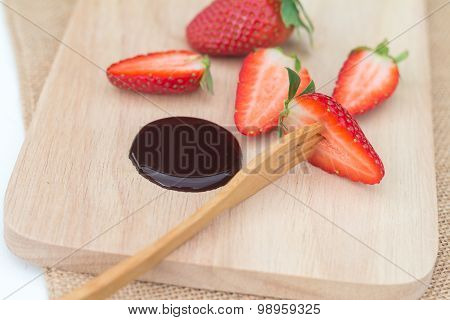 Fresh Strawberries Serve With Melted Chocolate