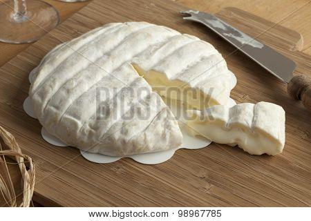 Piece of soft Italian Tuma dla Paja cheese