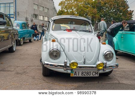 Volkswagen Beetle on the Dnepr auto retro show