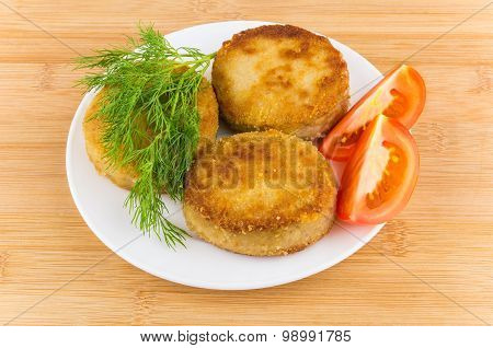 Sliced Tomatoes, Dill And Fried Meatballs On Plate