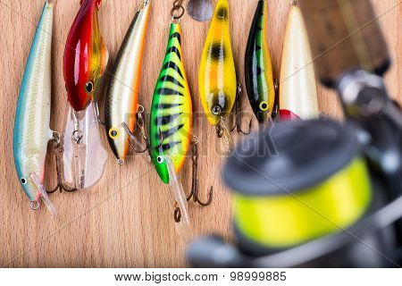 Fishing Bait Wobbler And Reel With Line