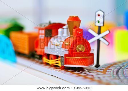 Juguete miniatura locomotora del ferrocarril
