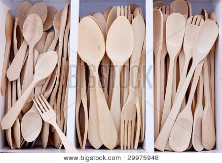 box with wooden cutlery in beech wood in mediterranean market