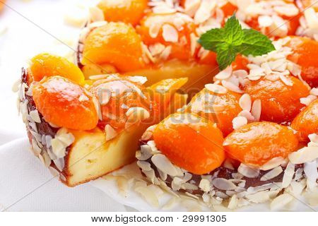 Cottage cheese and apricot tart