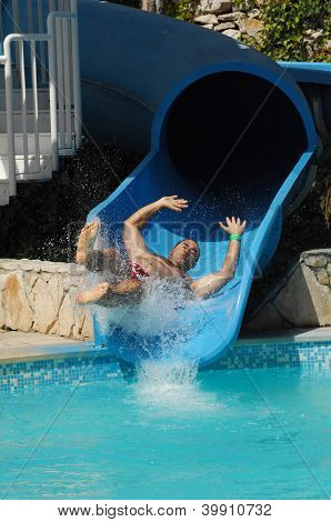 Have Fun On Aqua Park