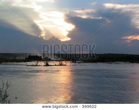 Victoria Falls & Zambezi