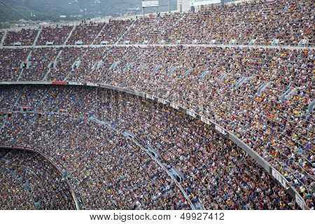 BARCELONA, SPAIN �?�¢?? AUGUST 18: A sold out Barcelona football stadium Camp Nou during the match between FC Barcelona and FC Levante on August 18, 2013 in Barcelona, Spain.