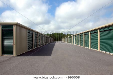 Self Storage Warehouse Units