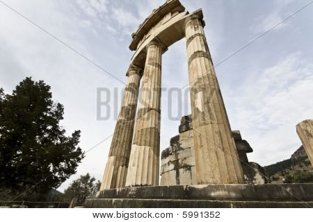 Temple of Athena pronoia at Delphi, Greece