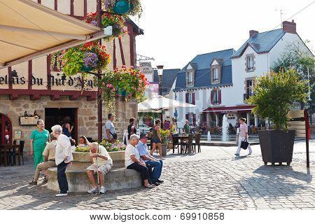 Place Donatien Lepre, Le Croisic Town, France
