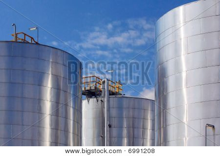 Metallic Storage Tanks