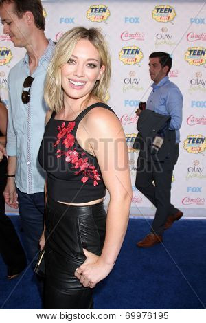 LOS ANGELES - AUG 10:  Hilary Duff at the 2014 Teen Choice Awards at Shrine Auditorium on August 10, 2014 in Los Angeles, CA