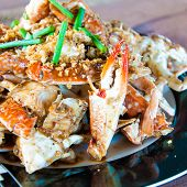 image of cooked crab  - Blue crab cooked in traditional Thai style - JPG