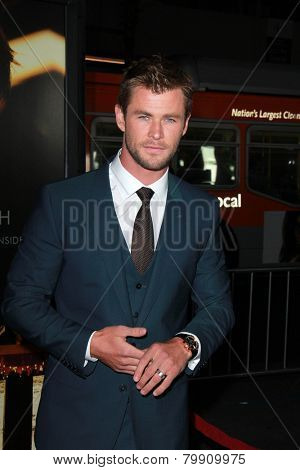 LOS ANGELES - JAN 8:  Chris Hemsworth at the