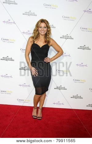 LOS ANGELES - JAN 8:  Candace Cameron Bure at the Hallmark TCA Party at a Tournament House on January 8, 2014 in Pasadena, CA