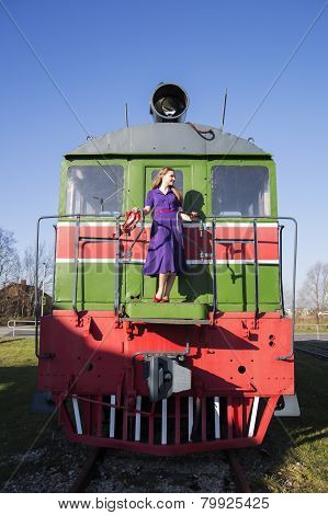 Woman And Train On Rails Not Move