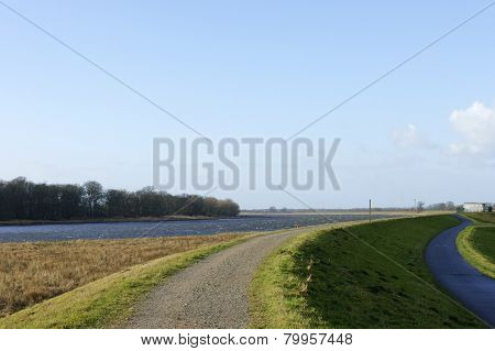 Dike of the river Elbe