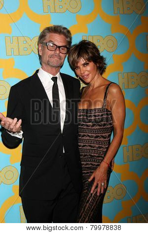 LOS ANGELES - JAN 11:  Harry Hamlin, Lisa Rinna at the HBO Post Golden Globe Party at a Circa 55, Beverly Hilton Hotel on January 11, 2015 in Beverly Hills, CA