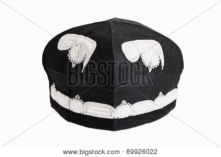 Black Skull Cap With Embroidery