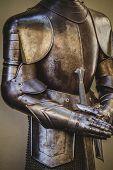 pic of armor suit  - warfare - JPG