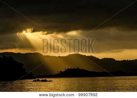 Sunset With Mountains And Sunray-philippines