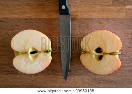 Apple cut in two