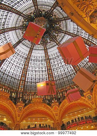 Galeries Lafayette Christmas ceiling
