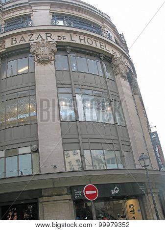 Exterior of Hotel de Ville