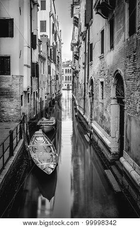 Black Nad White Venice